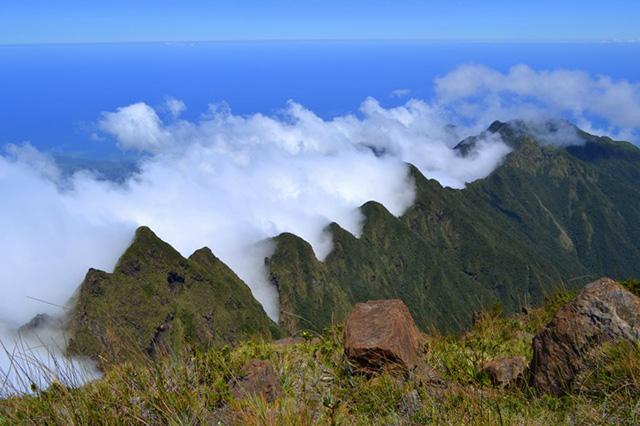 Không thể dời mắt trước vẻ đẹp của những dãy núi ở Philippines